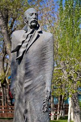 William Saroyan statue, Yerevan