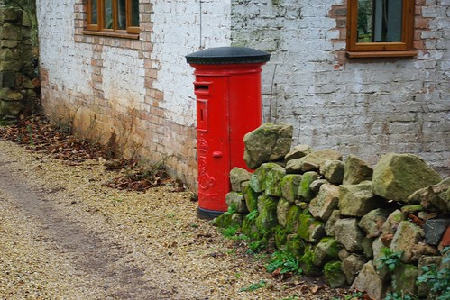 20110220-14_Red post box - Wappenbury by gary.hadden