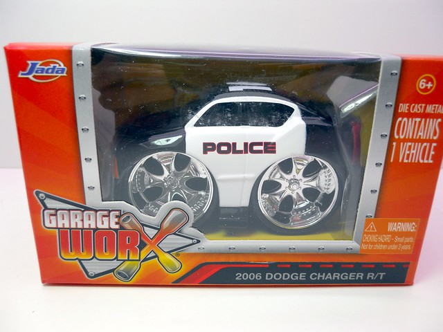 jada toys chub city 2006 dodge charger rt (1)