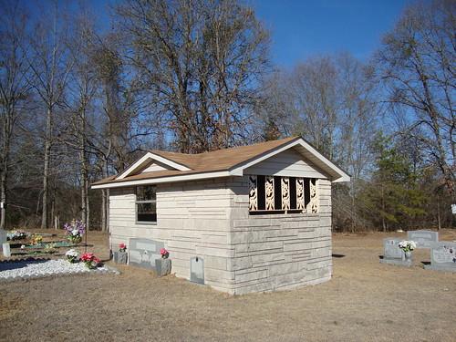 Jones Chapel Cemetery Graveshelter, Lawrence County AL