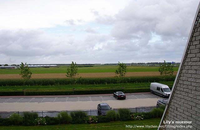 從我房間拍出去的景色,荷蘭真的是好平坦的國家。
