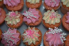 mini Valentine cupcakes