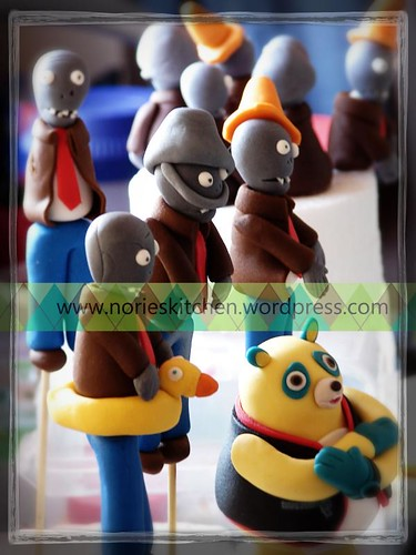 Norie's Kitchen - Special Agent OSO vs Zombies - Cake toppers
