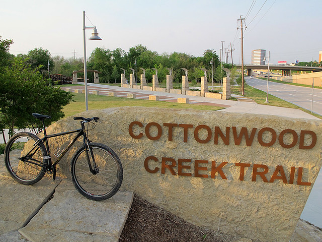 Cottonwood Creek Trail Entrance