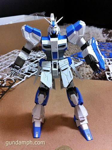 Building MC RX-93-2 Hi Nu Gundoom Gundam (13)