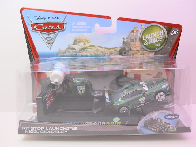 disney cars 2 pit stop launchers nigel gearsley (1)