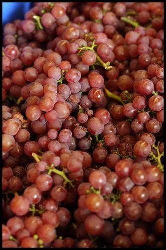 Gewurtztraminer Grapes by mengteck
