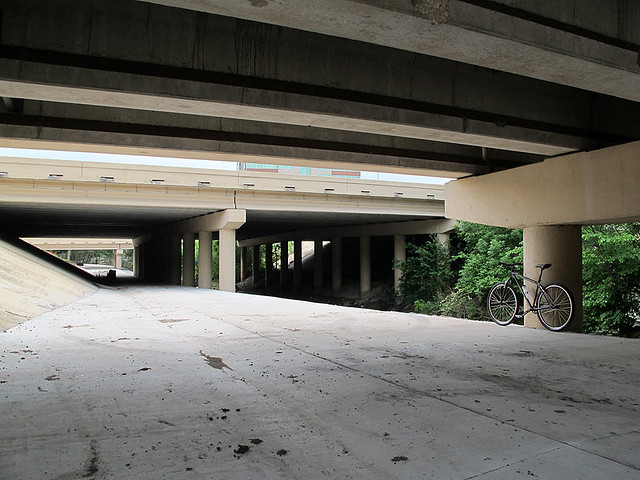 Under Central Expressway (US 75)