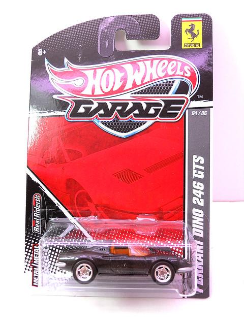 hot wheels garage ferrari dino 246 gts blk (1)