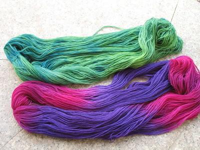 Sockenwolle_handgefärbt_23.05.11_003_klein