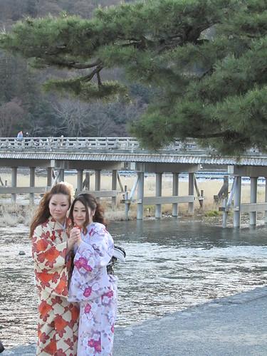 Togetsu-kyo Bridge & kimono girls