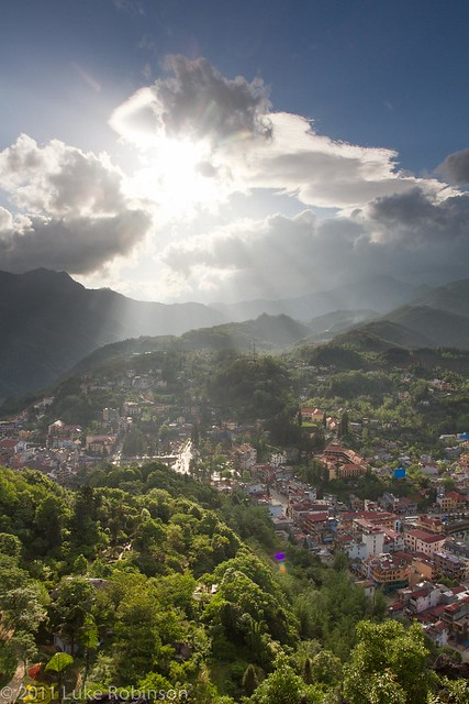 Divine Light over Sapa