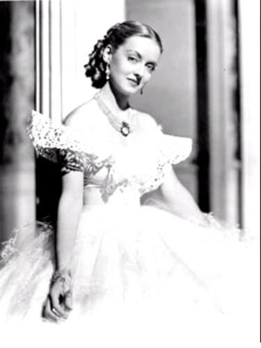 Davis, Bette - as Jezebel.. 1938