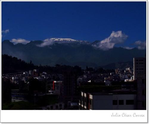 Cerro tutelar by Julio César Correa