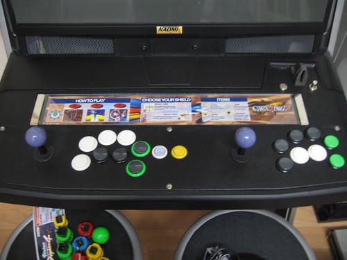 NAOMI universal cabinet - boutons