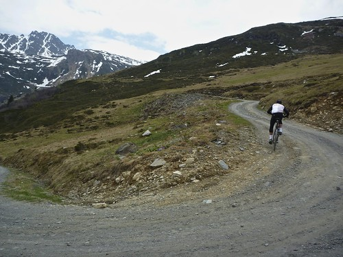 Route to Lac de la Girotte