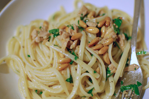 Tuna with Lemon and Parsley Spaghetti