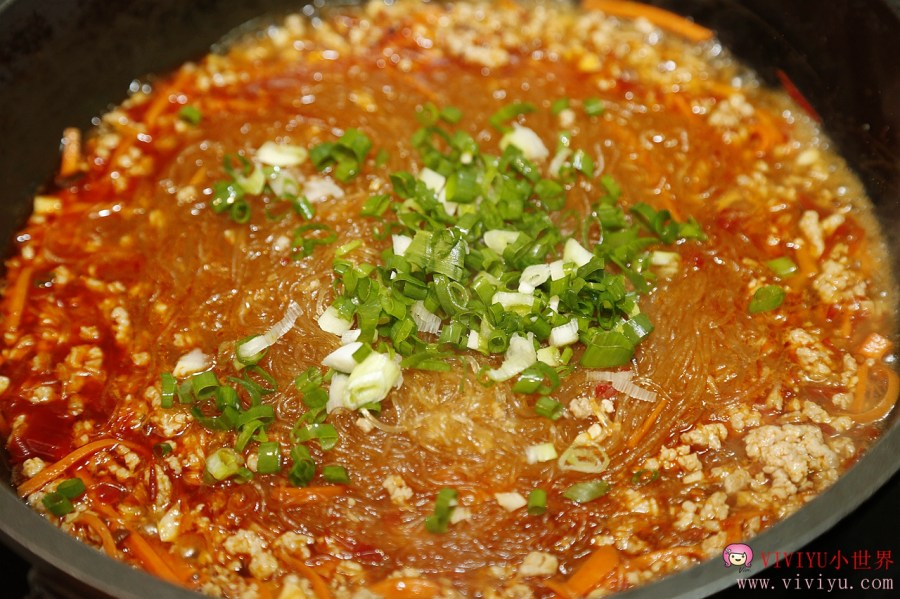 [烹飪]高慶泉醬油讓料理色澤更亮麗.甘醇美味~紅燒滷牛肉、螞蟻上樹、牛肉蔬菜捲食譜簡單上桌 @VIVIYU小世界