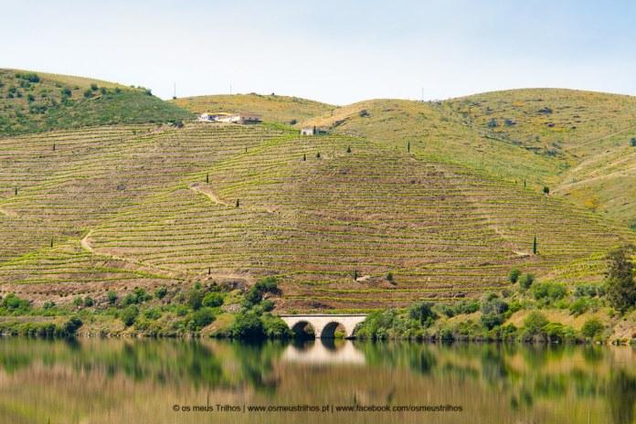 Subida do Douro. Rio Douro. Pocinho a Barca d Alva-3.jpg