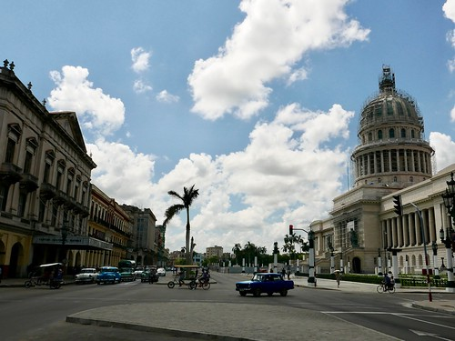 """Old Havana • <a style=""""font-size:0.8em;"""" href=""""http://www.flickr.com/photos/95965052@N03/29669628414/"""" target=""""_blank"""">View on Flickr</a>"""