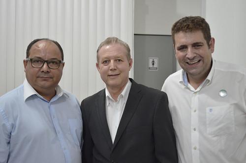 Gregório, José Maria Facundes e Marcus Vinícius Bizarro - Inauguração da sede do Sindhorb - Foto Emmanuel Franco