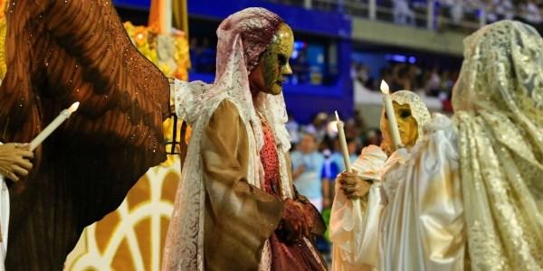 Vila Isabel faz acordo com credor e vai desfilar Carnaval do Rio em 2017