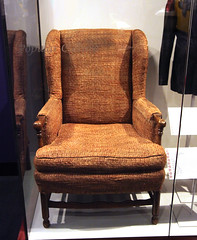 Archie Bunker chair - Smithsonian Museum of Na...