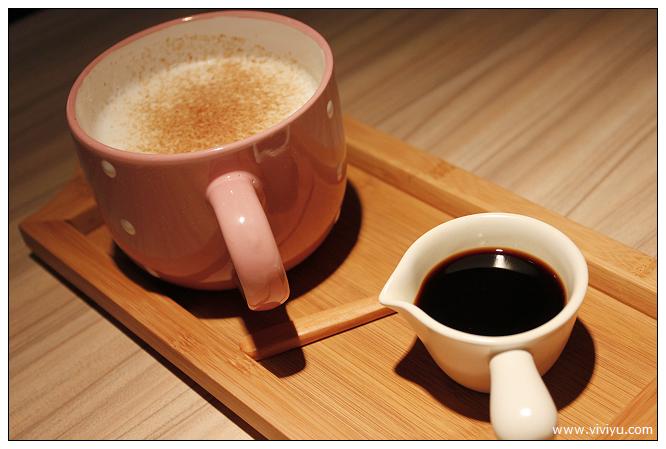[台北.約訪]Chin Chin Cafe~清香檸檬凍茶很有特色 @VIVIYU小世界