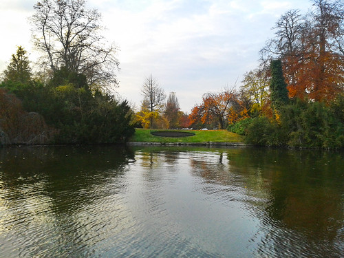 """Lake """"Lac inférieur"""" - Paris France • <a style=""""font-size:0.8em;"""" href=""""http://www.flickr.com/photos/104409572@N02/11588761513/"""" target=""""_blank"""">View on Flickr</a>"""