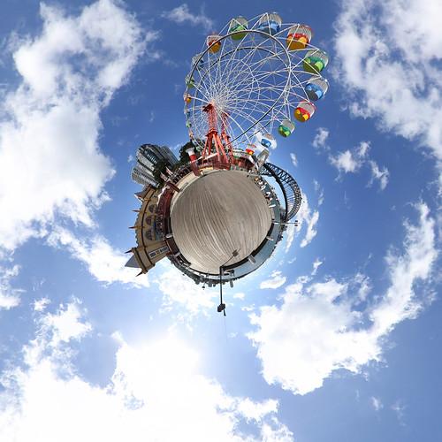 Luna Park Sydney - Little Planet