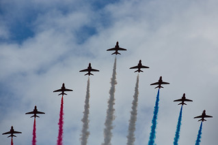 RAF Flypast - Red Arrows
