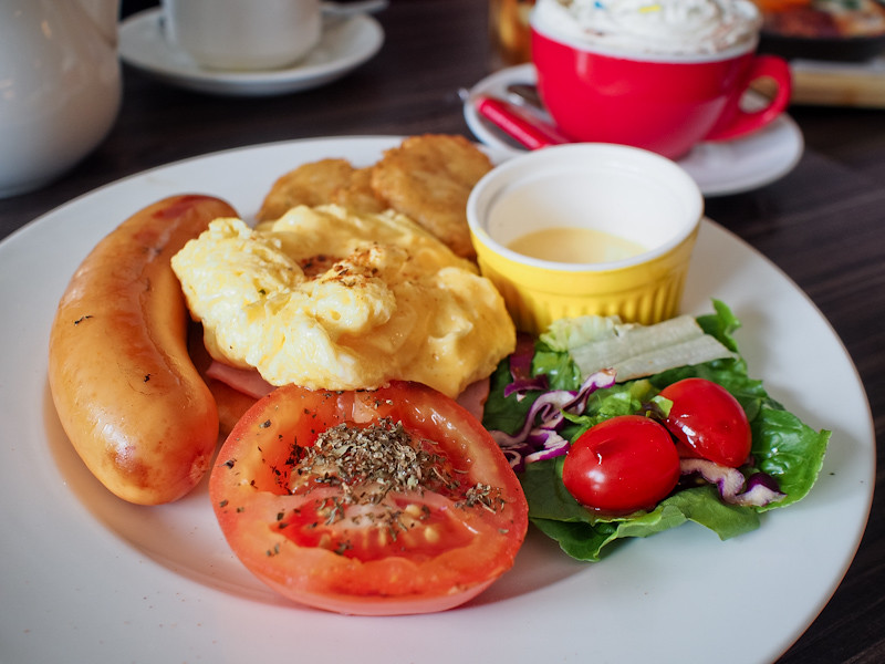 Habitat Coffee Breakfast