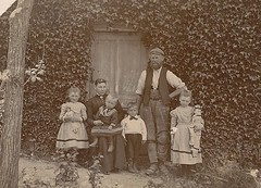 George & Adelaide BEVIS & Family (1)