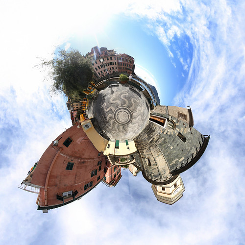 Vernazza Kirchplatz - Little Planet
