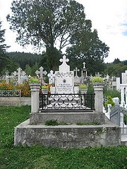 Mormântul episcopului Partenie Ciopron