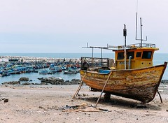 Day 563. Have been passing lots of port towns. The fisherman are an extremely friendly lot, they seem to know what the important things are. #theworldwalk #travel #peru