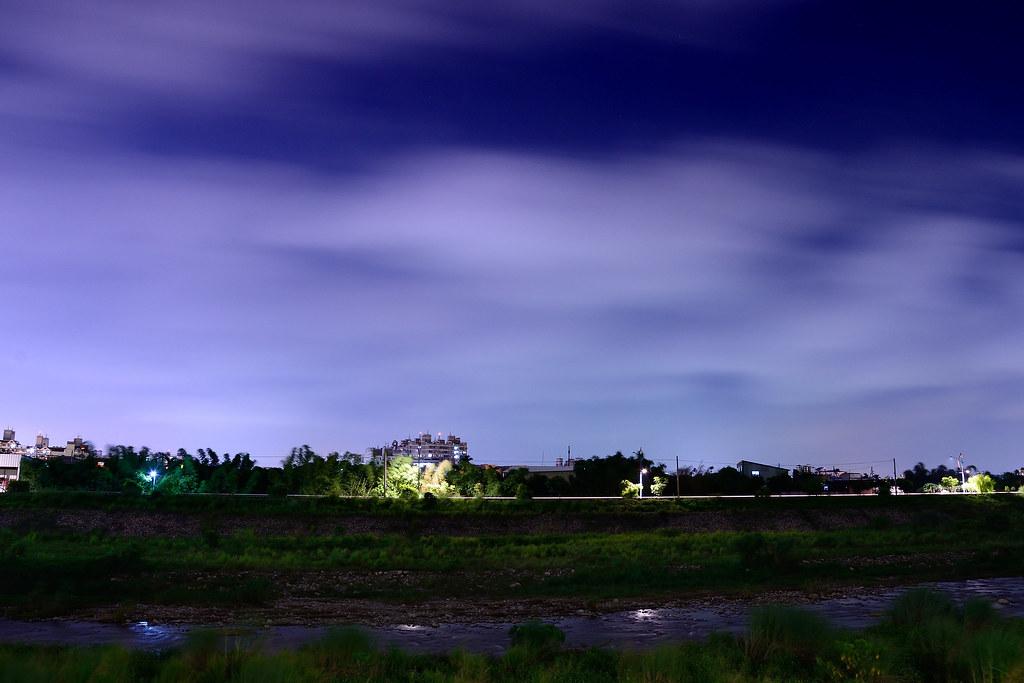 River in the windy night 起風的夜晚 DSC_7320