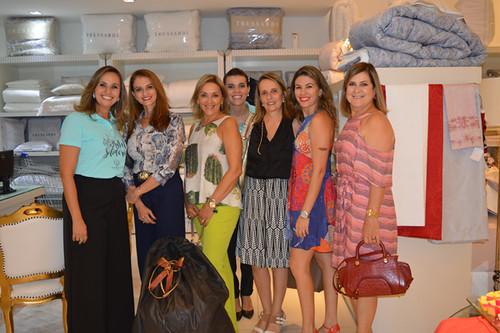 Karina, Paula, Pilar, Yáscara, Bia, Brígida e Gicele