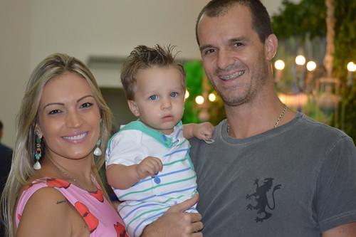 Fernanda e Rafael Assef com Bernardo