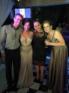 Os irmãos Juninho, Parré, Merle e Tânia
