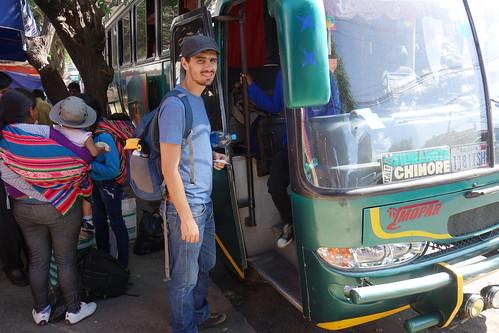 Pour les longs trajets, il y a le bus ! Parfois, avec des couchettes, ou des sièges inclinables
