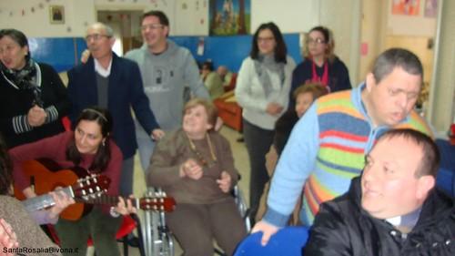 canti-alla-casa-di-riposo-2014-05