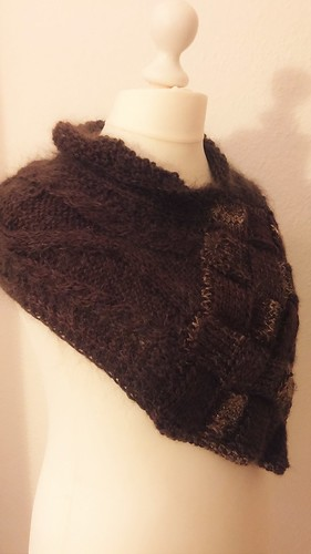 """Entrelac Schulterwrap II • <a style=""""font-size:0.8em;"""" href=""""http://www.flickr.com/photos/92578240@N08/21795940263/"""" target=""""_blank"""">View on Flickr</a>"""