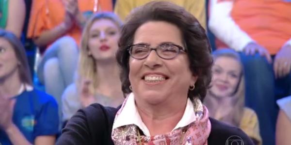 """Faustão dá bronca em plateia que se manifesta contra """"jurada durona"""""""