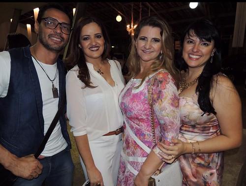 Flávio Osamu, Graziele Matos, Sônia Siman e Bruna Lopes