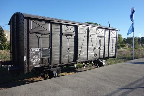 Un wagon-souvenir où s'entassaient les déportés, hommes, femmes et enfants