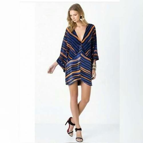 Vestido de seda Animale estampa Veneza, um dos statements da coleção!