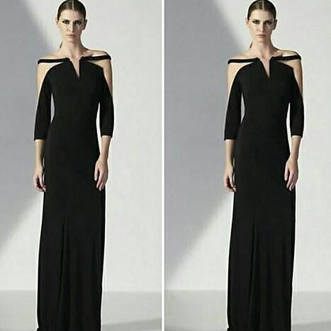 Luxo e sofisticação definem esse vestido. Um maravilhoso Alphorria.