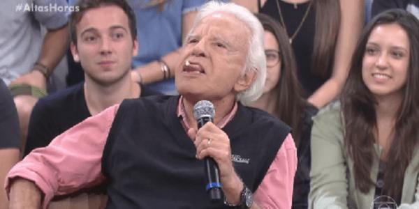 Cid Moreira conta que usa gengibre por debaixo da língua para cuidar de voz