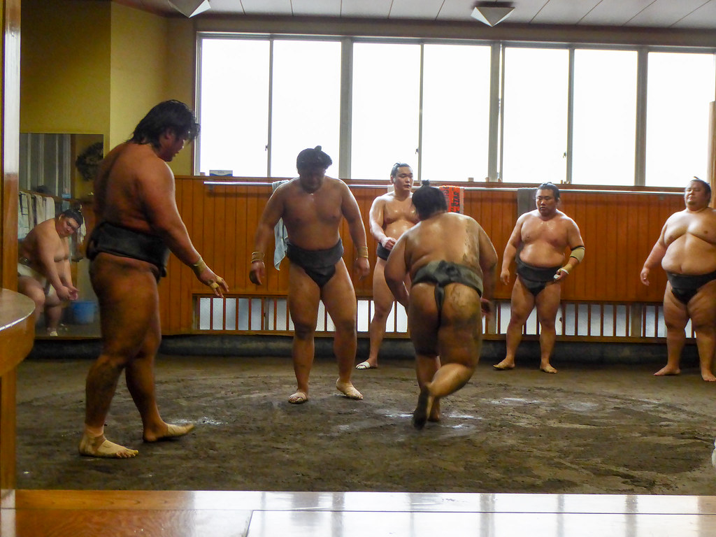 Heavy men fighting